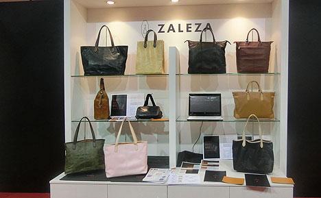 ZALEZAの鞄展示